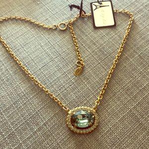 NWT la Vie Parisienne gold tone necklace